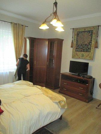 Elegant Apartments : Chambre