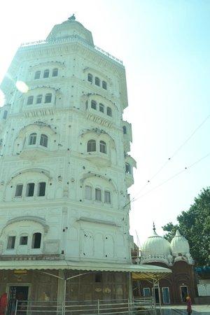Gurudwara Baba Atal Rai: the tallest one in city amritsar