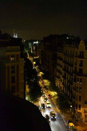 Hotel Barcelona Center: La Sagrada in the Distance