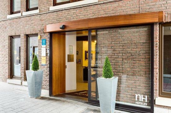 NH Mechelen: Facade
