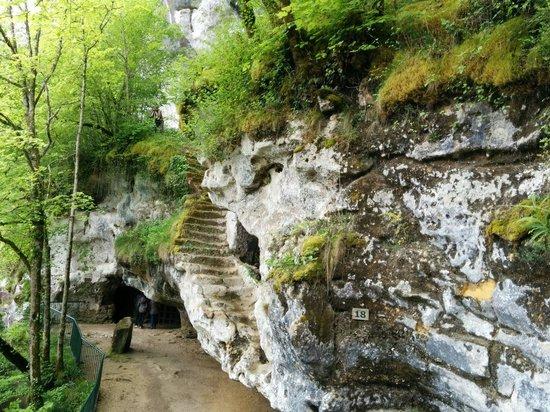 Roque Saint-Christophe Fort et Cite Troglodytiques: Escalier la roque saint Christophe
