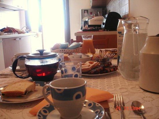 Laguna B&B: Breakfast