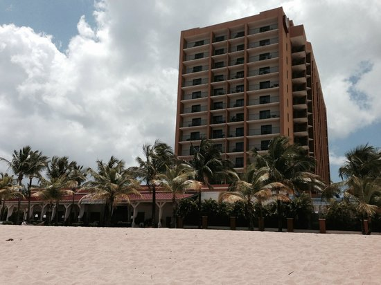 Courtyard by Marriott Isla Verde Beach Resort: Marriott Isla Verde Beach Resort -beachside