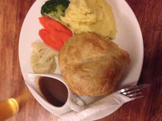 The Mason's Arms : Beef and onion pie!