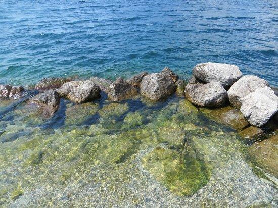 Hotel Lago di Garda: acque Lago di Garda