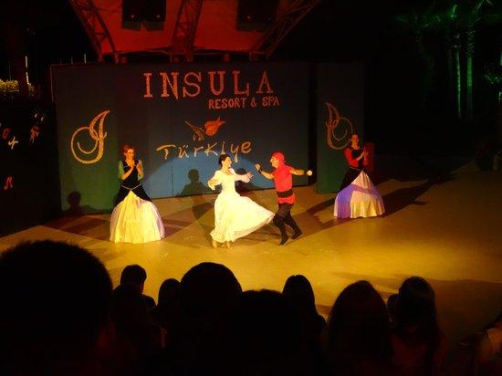 Insula Resort & Spa: вечерний концерт 2014-04