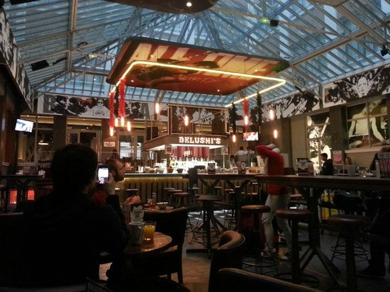 St Christopher's Gare du Nord Paris : Breakfast Lounge