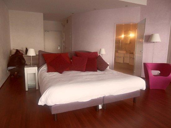 Les Caranques : chambre suite 303