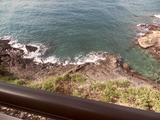 Les Caranques : vue de la terrasse de la chambre