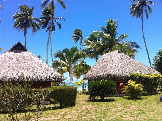Hotel Les Tipaniers: bungalows plage