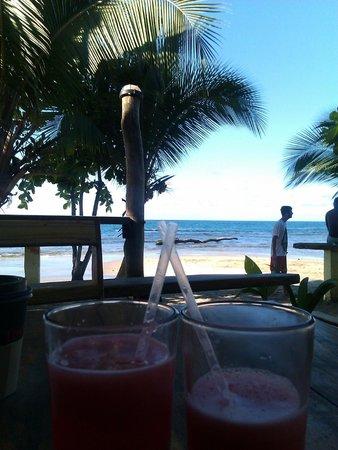 The Lazy Mon Sports & Music Bar: Watermelon juice