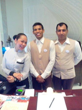 Ramada Beach Hotel Ajman: ресторан