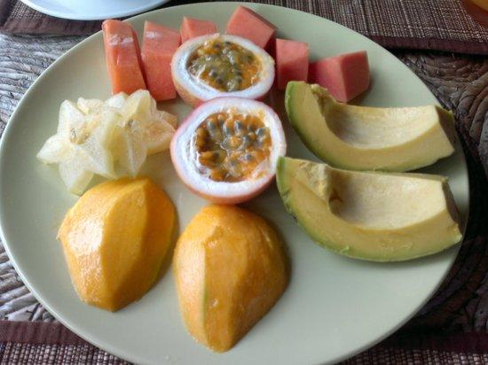 L'Oasi Guest House: frutta a colazione!!