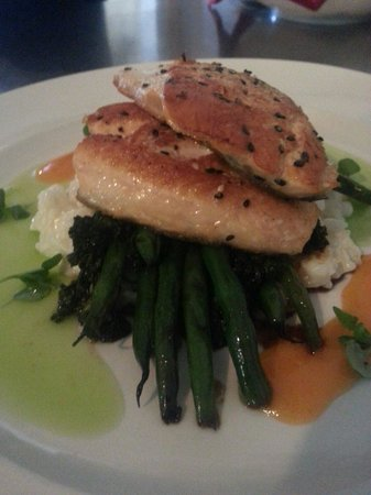 Schoolhouse Restaurant: Pan Seared Art Char!