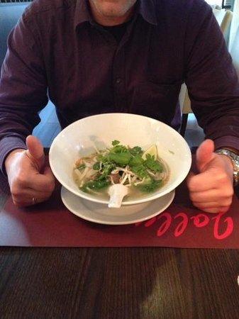 Restaurant Jolly: Lecker Nudelsuppe
