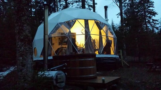 Ridgeback Lodge: Our Dream Dome and Hot Tub!