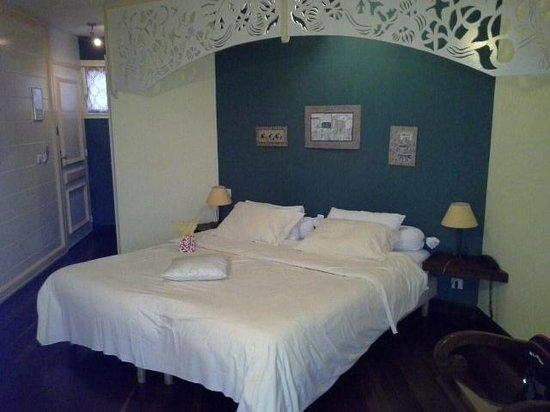 Hotel Tsilaosa: chambre