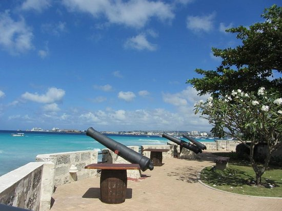 Barbados Garrison: View of the cannons at Fort CHarles
