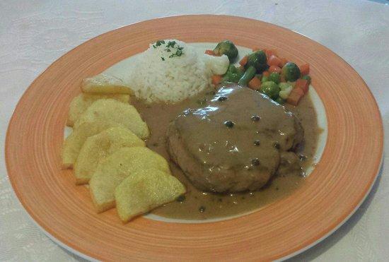 El Mastil Restaurante : Steak in Peppercorn Sauce