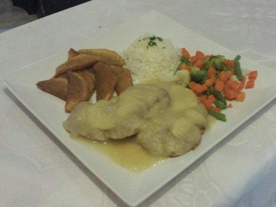 El Mastil Restaurante : Pork Steak in Apple Sauce