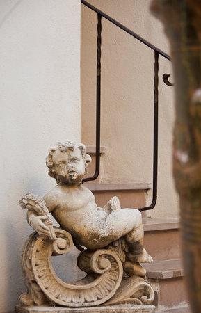 Aux Augustins : detail patio