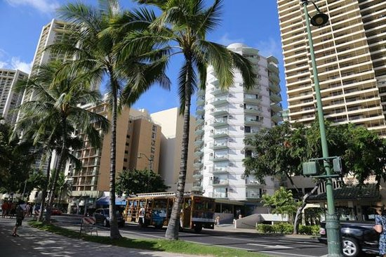 Aston Waikiki Circle Hotel: Parfaitement situé