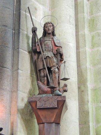 Abbaye du Mont-Saint-Michel : Saint Michel