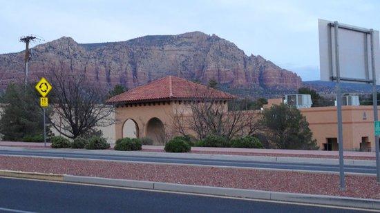 Desert Quail Inn: View