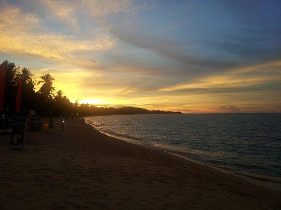 Hacienda Beach Resort : Couché de soleil magnifique