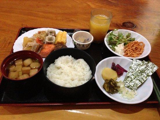 Smile Hotel Utsunoimiya: ホテルの朝食です。
