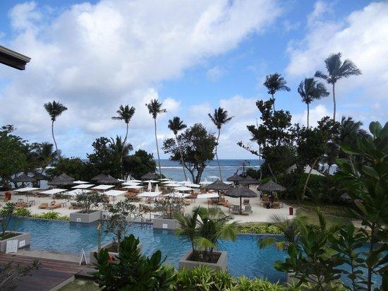 Kempinski Seychelles Resort: Вид из окна рецепции