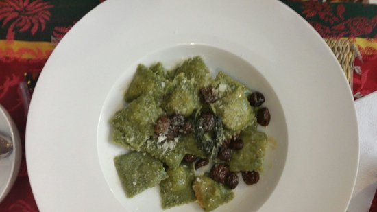 Kui-Zin: Green Ravioli