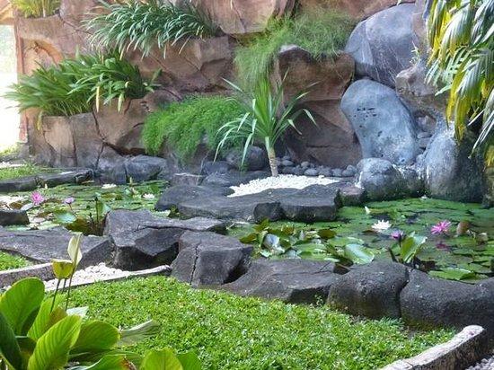 Sol Beach House Benoa Bali by Melia Hotels International: Un autre bassin