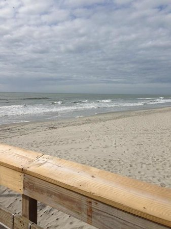 Springmaid Oceanfront Resort Myrtle Beach: view from the begining of the peir