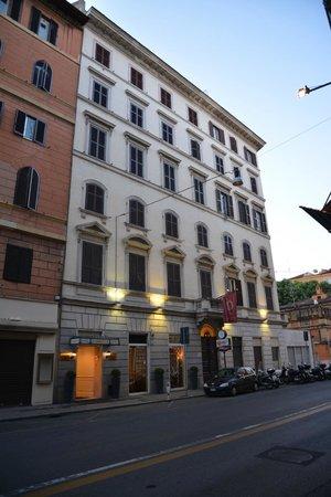 Gambrinus Hotel: Exterior