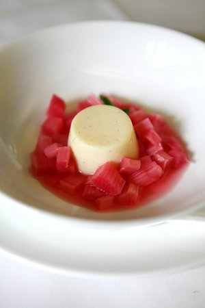The Rex Whistler Restaurant, Tate Britain: champagne poached rhubarb, yum!