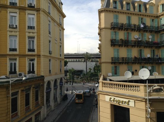 Hotel Trocadero: view from room , meters away from train station !