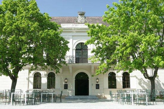 Morwald Hotel Schloss Grafenegg : Außenansicht Restaurant