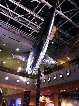 Museo Nacional del Aire y el Espacio: overhead