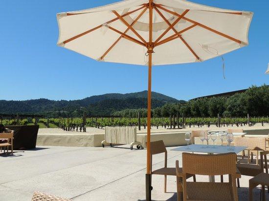 Robert Mondavi Winery: Patio