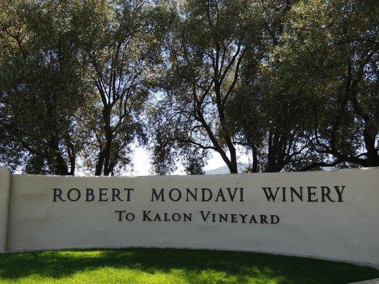 Robert Mondavi Winery: Entry