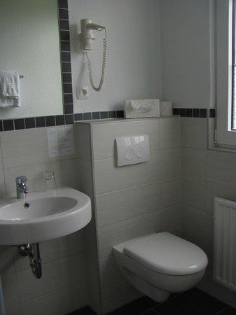 Landhotel Alte Schule: Beispiel Badezimmer