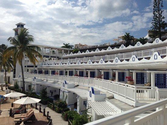 Beaches Ocho Rios Resort & Golf Club : Ocean front rooms