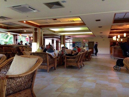 Hotel Gergana: Reception area