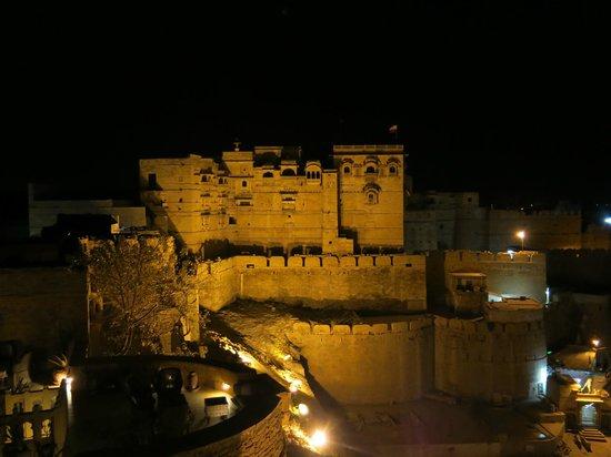 Hotel Killa Bhawan: View at night