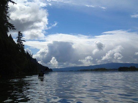 Columbia River Kayaking Day Tours : Beautiful Day