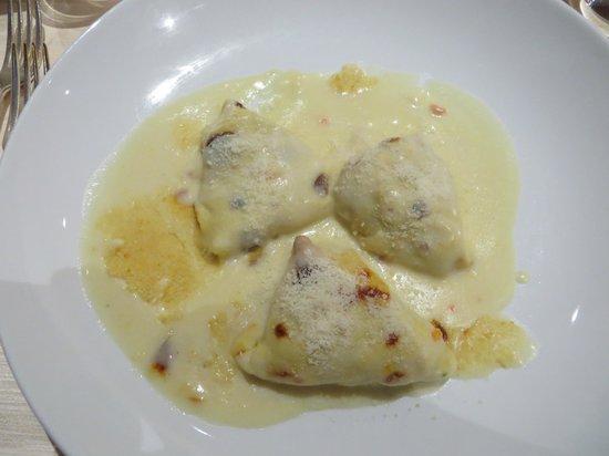 Villa Madruzzo: Crespelle mit Käse und Artischocken