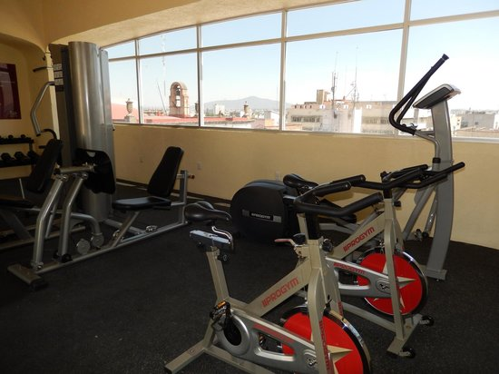 Gimnasio picture of hotel roma suites business center for Roma business center