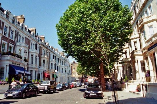City Continental London Kensington: rue de l'hotel