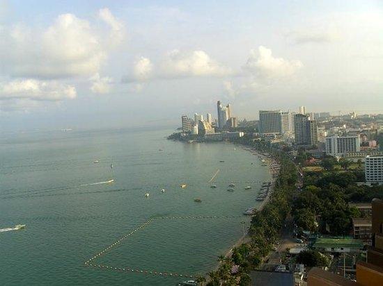Hilton Pattaya: Ausblick - Zimmer - King Grand Ocean Suite